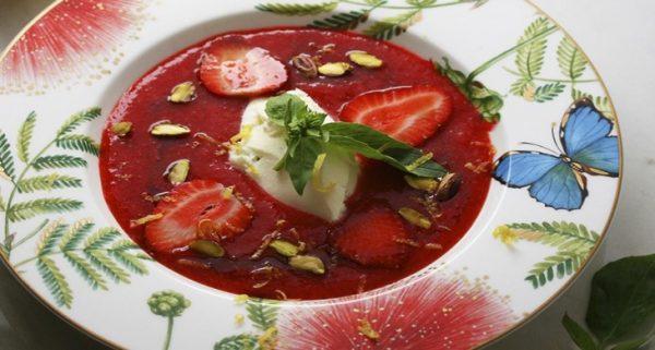 Студена ягодова супа с маскарпоне