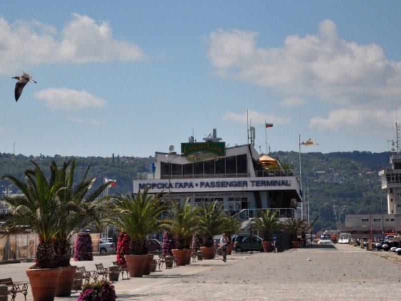 Викат Валери Симеонов заради строежите на Морска гара