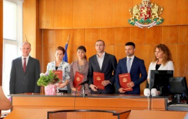Петима нови съдии встъпиха в длъжност в Районен съд – Варна