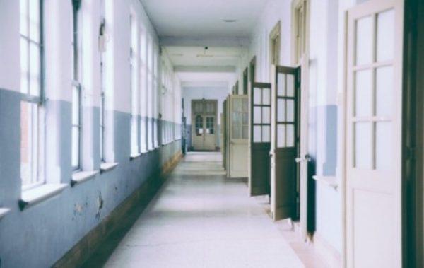 Търсят се над 70 учители за работа в училищата във Варна