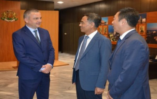 Китайски град иска да си сътрудничи с Варна