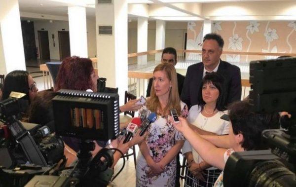 Министър Ангелкова и Стоян Пасев: Над 5 милиона чуждестранни туристи са посетили България от началото на годината