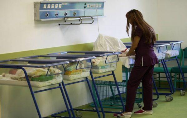 Ремонтираното родилно отделение в Окръжна болница отвори врати