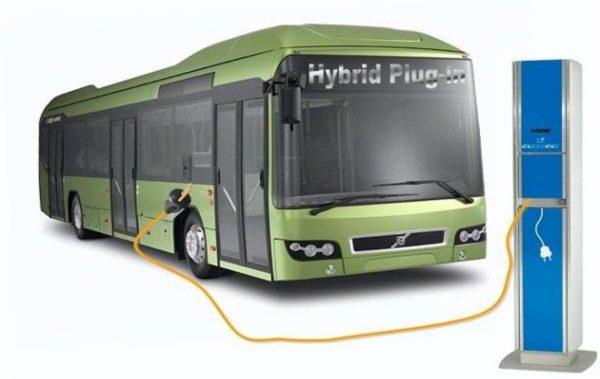 Хибридни автобуси може да заменят част от парка на обществения превозвач във Варна