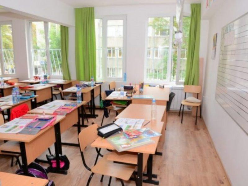Глад за учители и във Варна