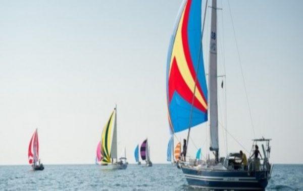 До дни във Варна започва първото за страната масово ветроходно плаване по пълнолуние