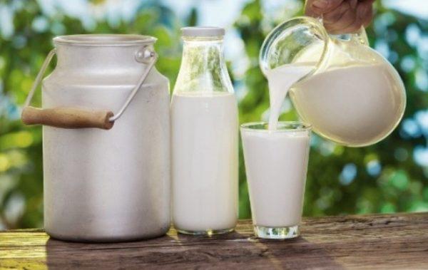 Чаша мляко на закуска може да ни предпази от диабет