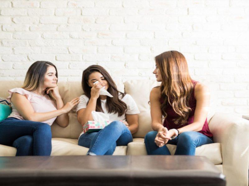 5 неща, които да не казвате на приятел, преживяващ раздяла