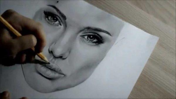 Анджелина Джоли: Нашите преживявания, добри и лоши, ни правят това, което сме
