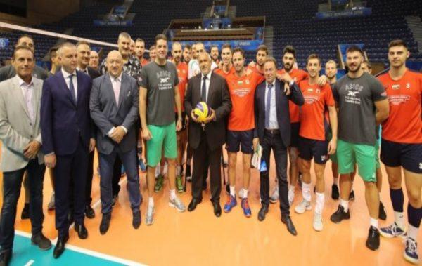 Борисов към волейболистите във Варна: Вие сте пример за подражание