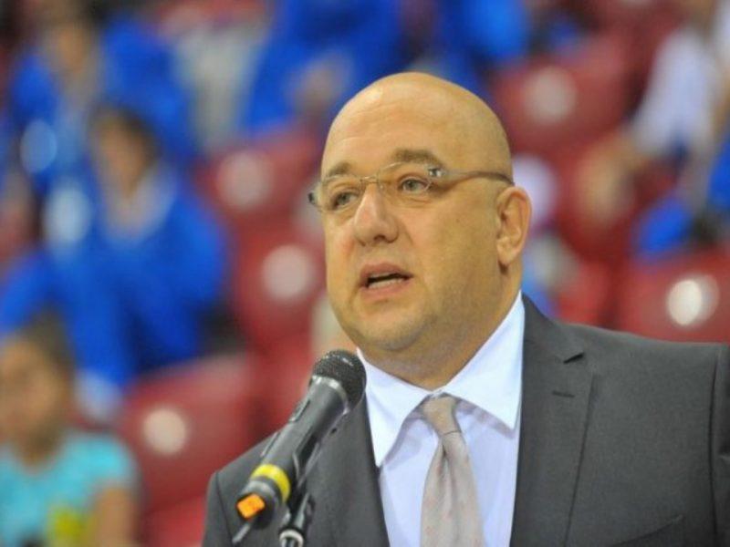 Спортният министър награждава волейболни таланти във Варна