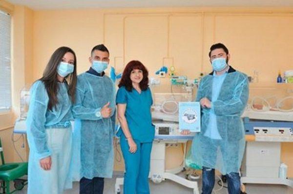 Даряват два кувьоза за варненските АГ болници