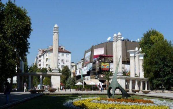 Безплатни туристически обиколки за варненци по случай Деня на Съединението на България