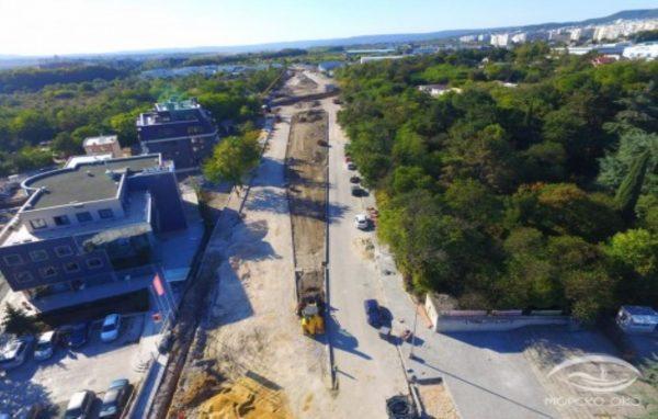 """Напредва строителството на пробива на бул. """"Сливница"""""""