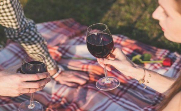 Пийте вино, вместо да се потите във фитнеса
