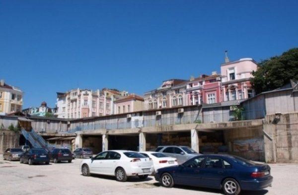 Общината купува Дупката за 43 милиона