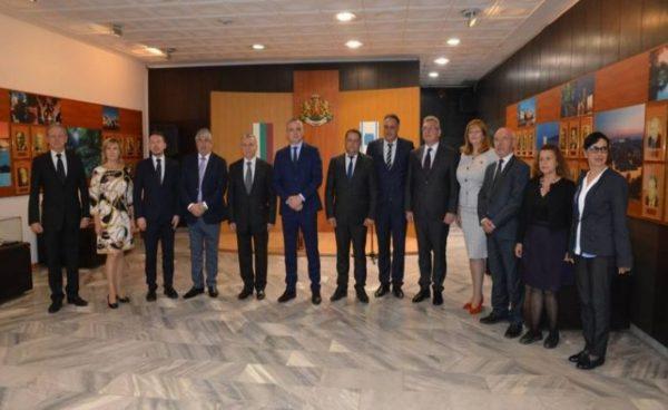 Кметът на Варна посрещна делегация от Правителството на Москва