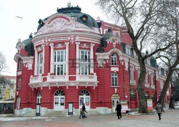 """""""Нощ на театрите"""" на 17 и 18 ноември във Варна (СНИМКИ)"""
