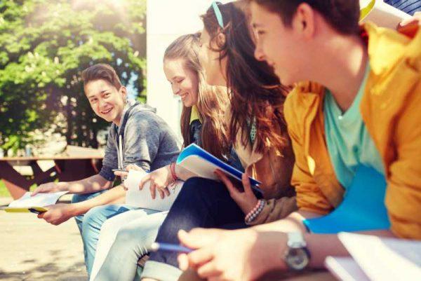 Новите тийнейджъри – чувствителни, умни, обичащи семейството