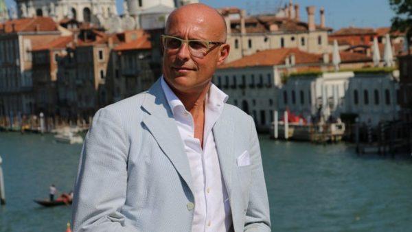 Италианският дизайнер Алберто Веделаго: Елегантността е по-важна от модата!