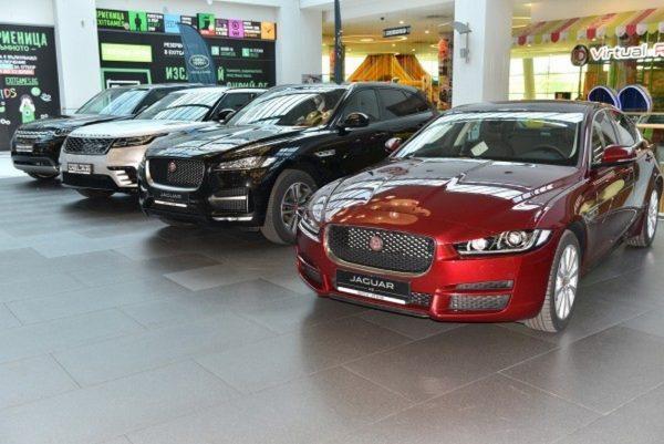 Автомобилните марки представят новите си модели коли на голямо изложение във Варна