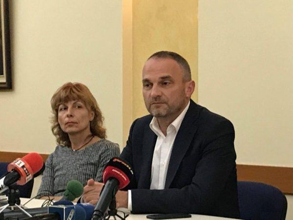 Петър Сеферов: Шепа хора искат да разделят предприятието на две и ни правят на маймуни