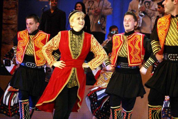 Николина Чакърдъкова с голям празничен концерт на 8 декември във Варна