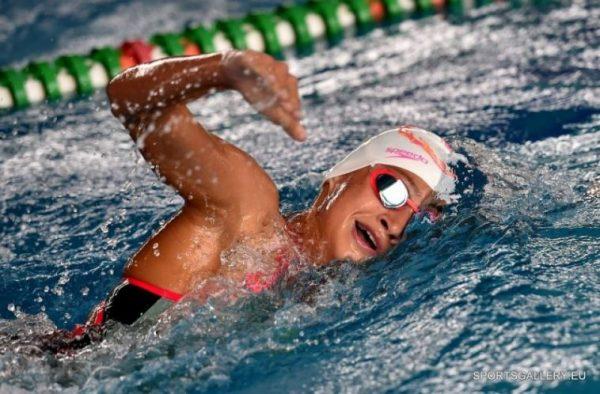 Талантлива варненска плувкиня с 4 медала от международен турнир