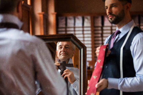 Как да подбереш цвета на вратовръзката си