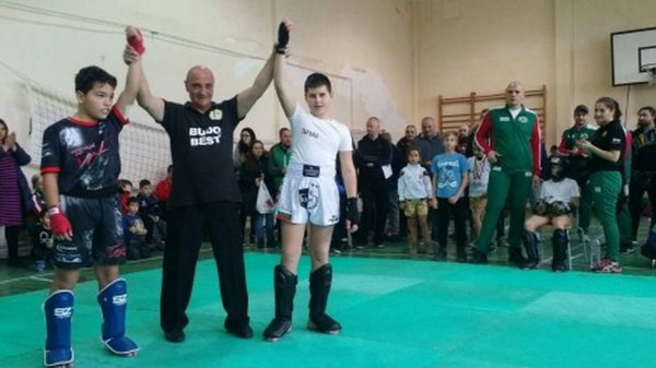 Завърши детския турнир по кикбокс във Варна (снимки)