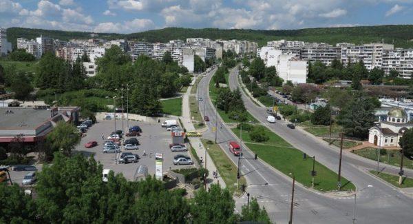 """Ремонтират улици във """"Владиславово"""""""