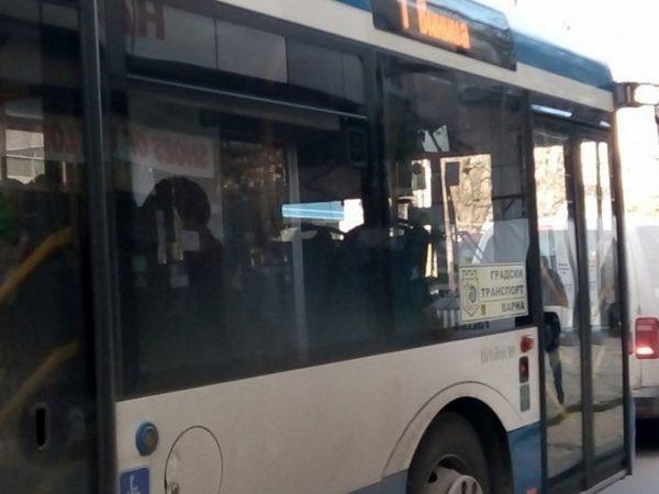 Безплатен градски транспорт във Варна за новогодишната нощ