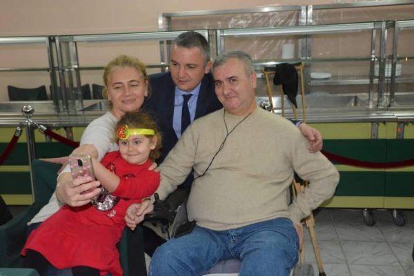 """Кметът на Варна поздрави хора с увреждания от дружество """"Бриз"""""""