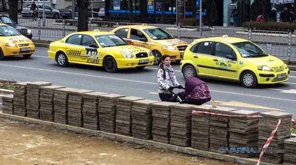 Вдигат цените на такситата във Варна