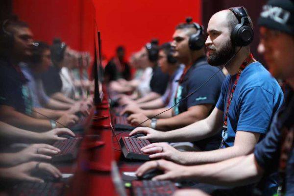 Видео игрите правят хората по-умни