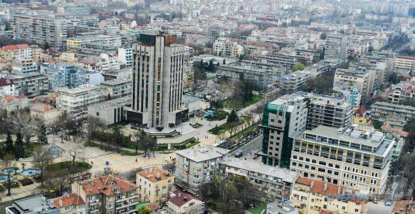 Мръсният въздух във Варна – от дървата през зимата и колите през лятото
