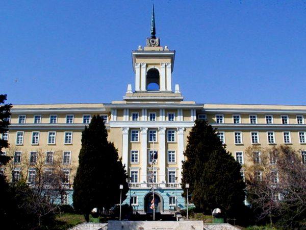 Студенти по киберсигурност ще обучава Военноморското училище