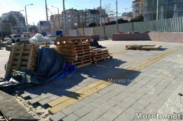 Напредва изграждането на зоната за отдих до Юнашкия салон във Варна