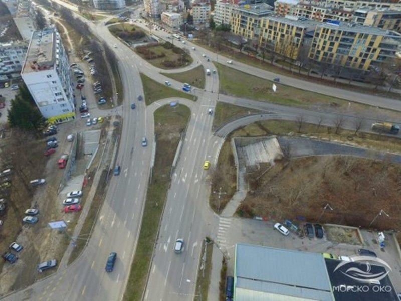 """Ето как върви ремонтът на бул. """"Осми Приморски полк"""" във Варна (снимки)"""