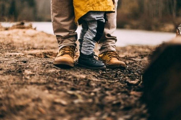 Бащите дават криле, които майките не бива да режат