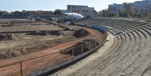 "Близо 2 млн лв гълта ремонта на стадион ""Спартак"""