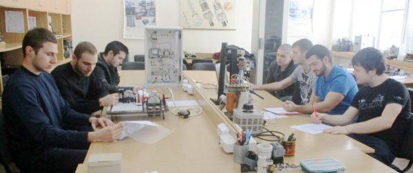 ТУ – Варна и нанотехнологиите – новата индустриална революция
