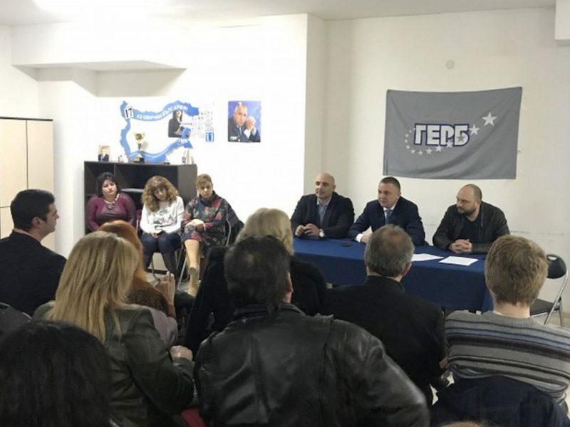 Портних: Преди години по ключови трасета във Варна нямаше и две педи здрав асфалт