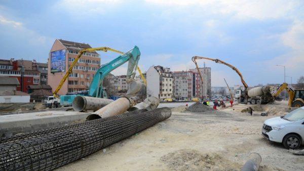 """Готова е 95% от ВиК инфраструктурата по бул.""""Левски"""" във Варна"""