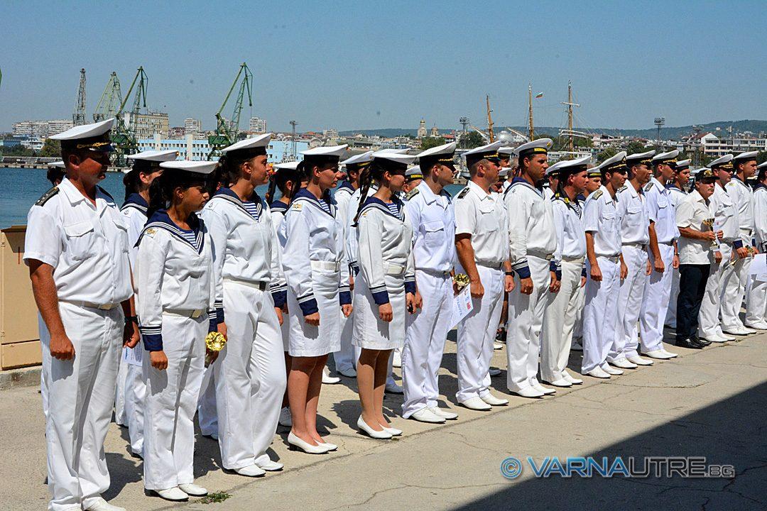 Oбявиха 100 вакантни длъжности във формирования на Военноморските сили