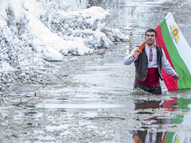 """Фондациите БЪЛГАРИН и """"Йонко Дяков"""" ще подсигурят Великденската трапеза на варненци в нужда"""