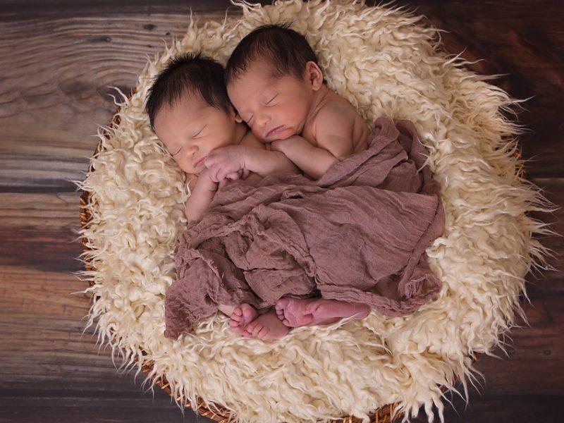 Още 9 бебета са родени по общинската инвитро програма