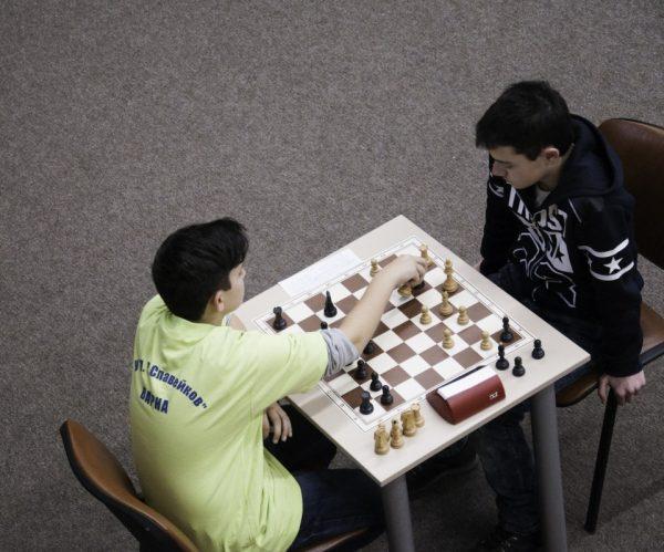 Деца от 15 училища ще мерят сили в голям шахматен турнир