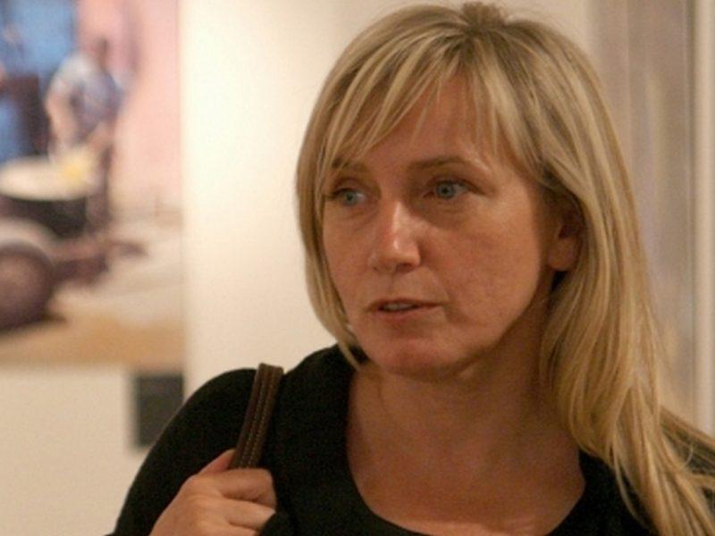 """Елена Йончева: """"Големият проблем, свързан с насилието над жени, е бедността"""""""
