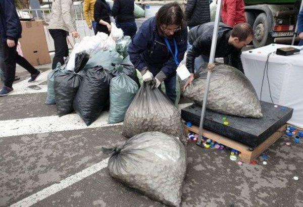 Варненци предадоха 10 тона пластмасови капачки само за 2 часа